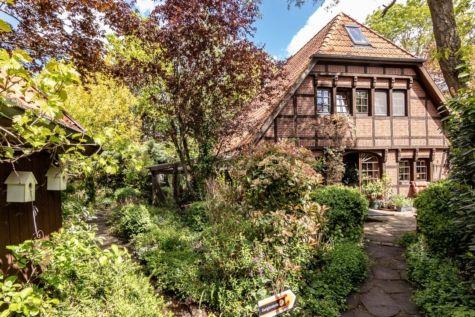 Modernes Fachwerkhaus mit idyllischem Garten, Wintergarten und Doppelcarport, 27321 Thedinghausen, Einfamilienhaus